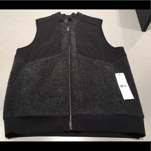Lululemon Lab Aestus Vest Heathered Charcoal NWT